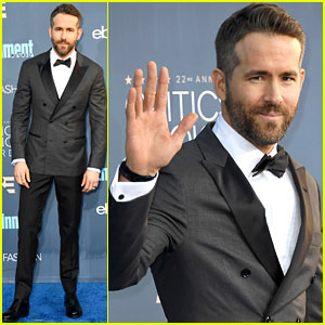 Ryan Reynolds Looks So Dapper at Critics' Choice Awards 2016