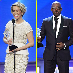 VIDEO: Sarah Paulson & Courtney B. Vance Win Big at the Critics' Choice Awards!