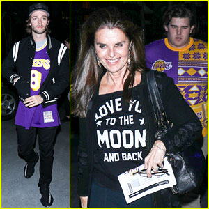 Patrick Schwarzenegger & Family Root for Lakers on Christmas Day!