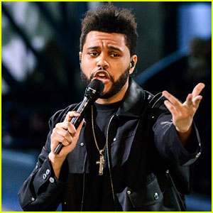 VIDEO: The Weeknd Sings 'Starboy' at VS Fashion Show!