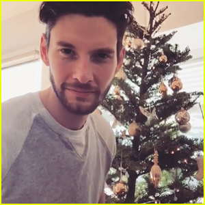 VIDEO: Westworld's Ben Barnes Shows Off Singing Skills With 'Have Yourself A Merry Little Christmas' - Watch!