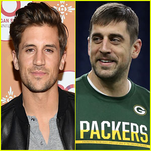 Aaron Rodgers Takes 'Great Precautions' Not to Make Family Situation Worse