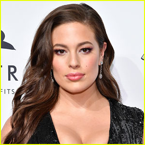 Ashley Graham Shares Cellulite Photo with Body-Positive Message