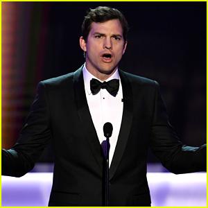 Ashton Kutcher Calls Out Immigration Ban at SAG Awards 2017 (Video)