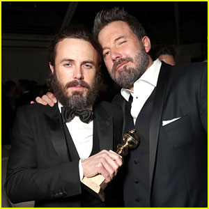 Ben Affleck Supports Little Brother Casey at Golden Globes 2017!