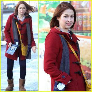 Ellie Kemper Begins Filming 'Unbreakable Kimmy Schmidt' Season 3!