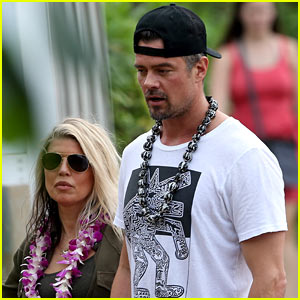 Fergie & Josh Duhamel Get Lei'd at the Beach in Maui!