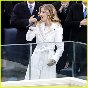 VIDEO: Jackie Evancho Performs National Anthem at Inauguration
