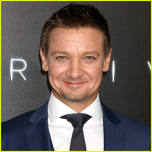 Jeremy Renner Treats Daughter Ava to Spa Day & Tea Party