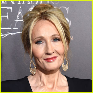 J.K. Rowling Completely Destroys Troll with 1 Perfect Tweet