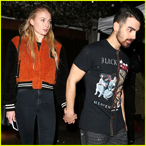 Joe Jonas & Sophie Turner Hold Hands at People's Choice Awards After Party