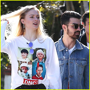 Sophie Turner Wears Shirt with Joe Jonas' Face On It!