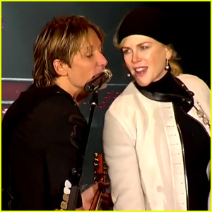 VIDEO: Keith Urban Pays Tribute to Musicians Lost in 2016, Nicole Kidman Joins Him on Stage!