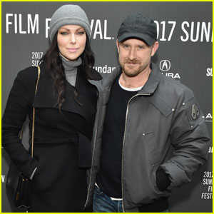 Laura Prepon Gets Support From Ben Foster at 'The Hero' Sundance 2017 Premiere