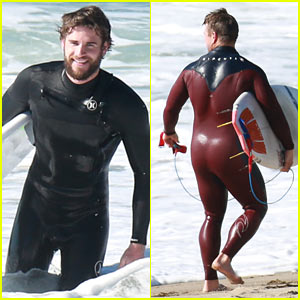 Liam Hemsworth & Brother Luke Show Off Their Wetsuit Bods at the Beach