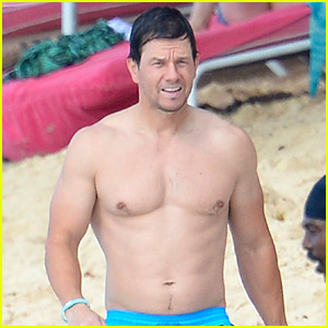 New Mark Wahlberg Shirtless Photos for the New Year!