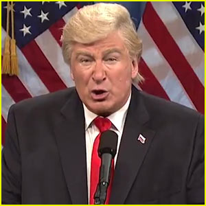 VIDEO: Alec Baldwin Mocks Donald Trump's 'Golden Showers' Scandal on SNL!