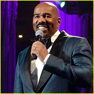 Steve Harvey Apologizes for Jokes About Asian Men