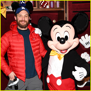 Tom Hardy Buddys Up With Mickey Mouse At Disneyland Paris 'Season Of The Force' Launch!