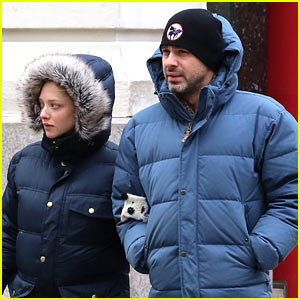 Amanda Seyfried's Fiance Thomas Sadoski 'Couldn't Be More Proud' of the 'Incredible' Mom-to-Be