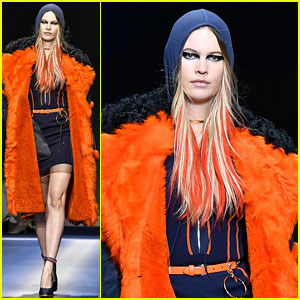 Behati Prinsloo Returns to the Runway, Adam Levine Calls Her a 'Cool Mom'