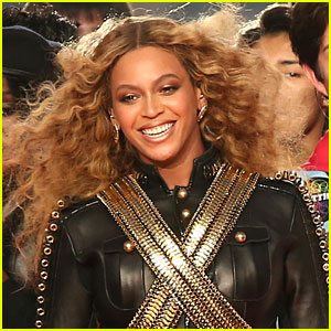 Is Beyonce Performing at Super Bowl 2017? This Photo Has Fans Excited!
