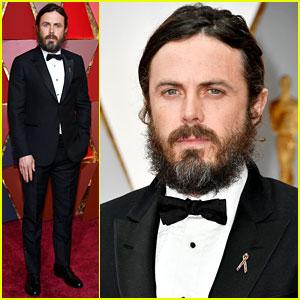 Casey Affleck Explains His Beard on Oscars 2017 Red Carpet