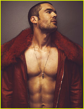 Charlie Weber Does Sexy Shirtless Shoot for 'Schön'!
