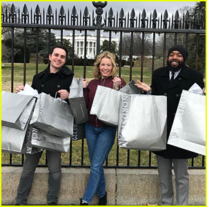 Chelsea Handler Trolls Donald Trump at the White House