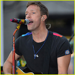 Chris Martin Pays Tribute to George Michael at Charity Event (Video)