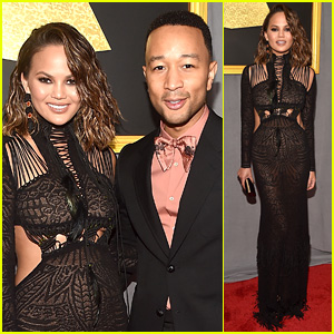 John Legend's Wife Chrissy Teigen Joins Him at Grammys 2017, Thankfully Gets Green Off Fingers!