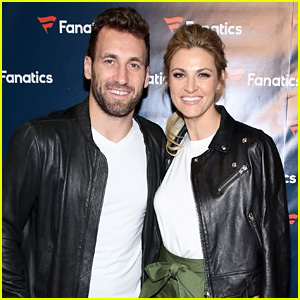 Erin Andrews & Fiance Jarret Stoll Couple Up at Pre-Super Bowl Party in Houston!