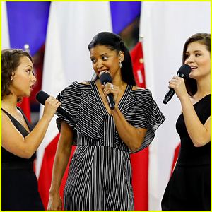 Hamilton's Schuyler Sisters Sing 'America the Beautiful' at Super Bowl 2017 (Video)