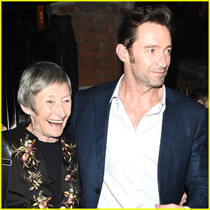 Hugh Jackman Grabs Dinner with His Mom in London!