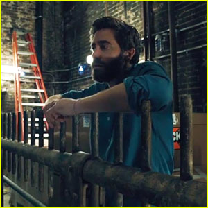 Jake Gyllenhaal Sings 'Finishing the Hat' From 'Sunday in the Park with George' - Watch Now!