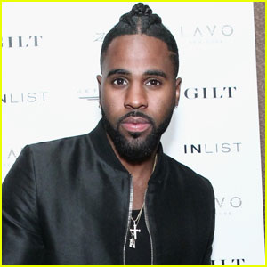 Jason Derulo Accuses American Airlines of Racism (Video)