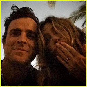 Jennifer Aniston Gets Birthday Love from Justin Theroux in Sweet Instagram Selfie
