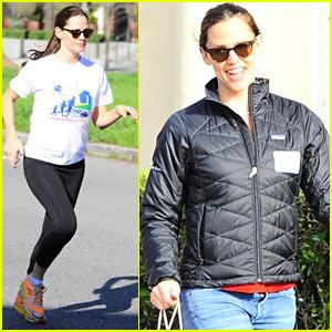 Jennifer Garner Runs a Marathon for Charity!