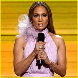 Jennifer Lopez Gets Political to Open Grammys 2017