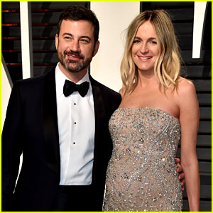 Jimmy Kimmel Holds Pregnant Wife Molly McNearney's Baby Bump at Vanity Fair Oscars Party 2017