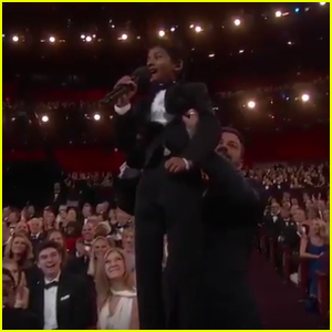 Jimmy Kimmel Recreates 'Lion King' Scene With 'Lion' Actor Sunny Pawar at Oscars 2017 (Video)