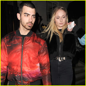 Joe Jonas & Sophie Turner Step Out for Date Night in London!