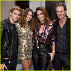 Kaia Gerber Gets Support From Family at Marc Jacobs Party