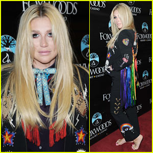 Kesha Rocks a Rainbow Fringe Jacket at Her Free Concert!