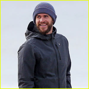 Liam Hemsworth & Brother Luke Check Out Surf After SoCal Storm