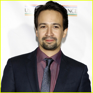 Lin-Manuel Miranda Sings R. Kelly During Surprise Karaoke Performance (Video)