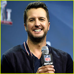 Luke Bryan Reveals His Pick to Win Super Bowl 2017