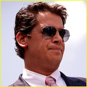 Milo Yiannopoulos Book Will No Longer Be Published by Simon & Schuster