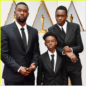 Moonlight's Trevante Rhodes, Ashton Sanders, & Alex R. Hibbert Team Up For Oscars 2017