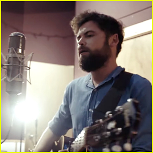 Passenger's New Song Sends 'A Kindly Reminder' to Trump